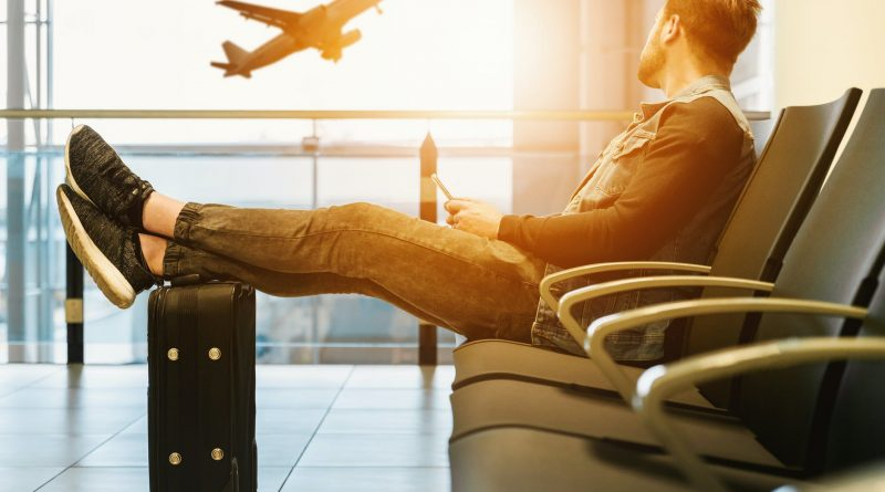 Plan a Cheap Summer Vacation and Lower the Cost of Airline Baggage